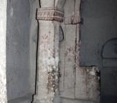 Kirche im Tuffsteinkegel
