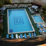 Pool im Hotel Alibabam