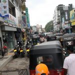 Volle Straßen in Colombo