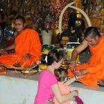 Gesegnet durch zwei Mönche
