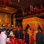 Zeremonie im Buddha Tempel