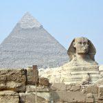 Sphinx und Cheops-Pyramide