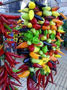 Mallorca - Chilis auf dem Markt