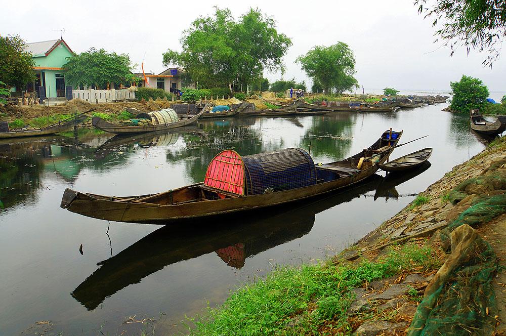 Fischerboote bei Hue