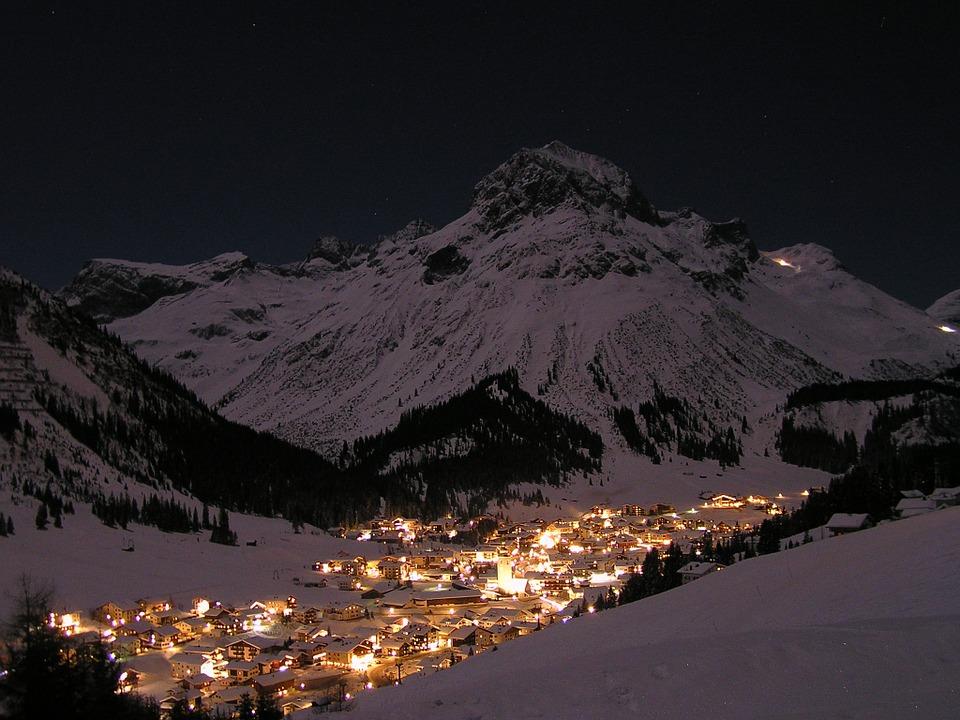 Lech am Arlberg Nachts Winter